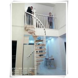 武昌室内楼梯_室内楼梯踏步板_室内楼梯款式